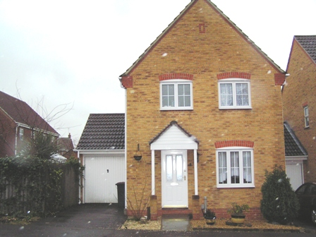 8 Moneyer Road Saxon Fields Andover SP10 4NG