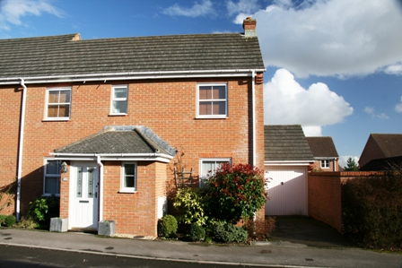49 Moneyer Road, Andover  Andover SP10 4NG