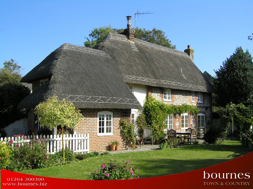 CORNER COTTAGE CORNER COTTAGE HORSESHOE LANE IBTHORPE SP11 0BY