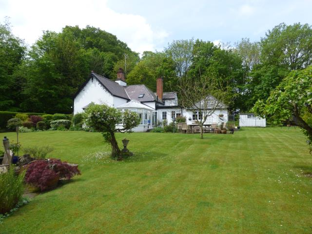 GAMEKEEPERS COTTAGE HUMBER LANE  TIDWORTH SP9 7AW
